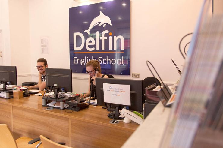 DELFIN SCHOOL OF ENGLISH